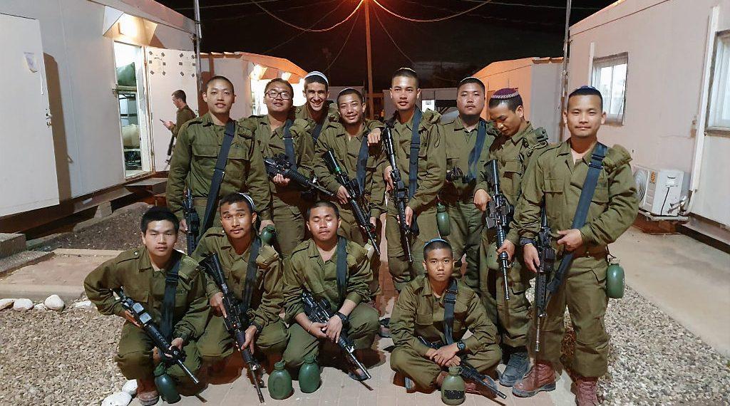Menáse fiai két és félezer év után ismét Izraelt védik