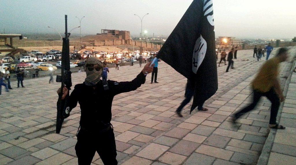 Iszlamisták, nácik és szélsőbalosok igyekeznek profitálni a koronavírusból