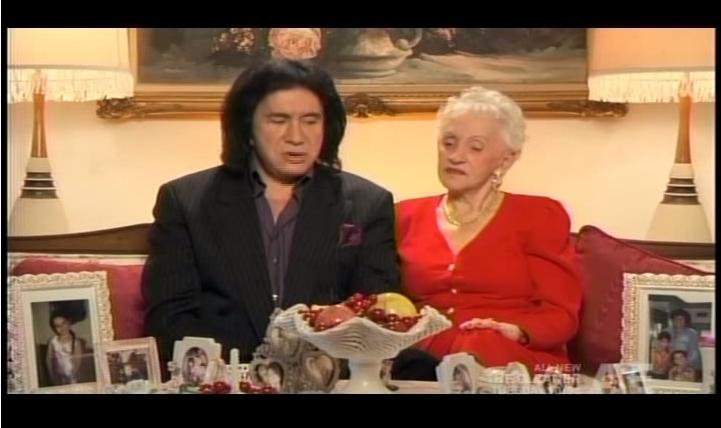 Megtudta a KISS énekese, miken ment át az édesanyja