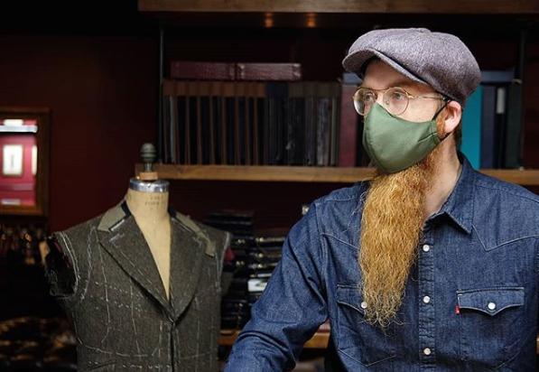 Maszkokat gyártó, hipszter rabbiért rajonganak New Yorkban