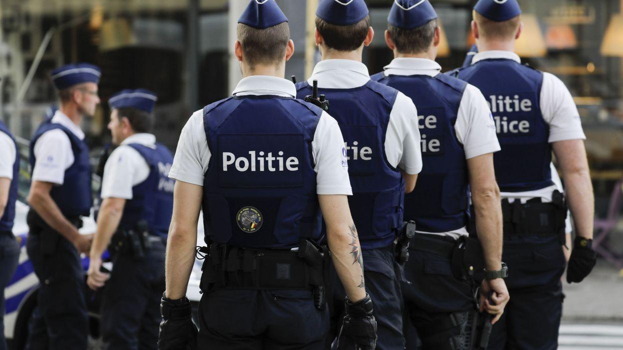 A belga rendőrök visszautasítják a szisztematikus rasszizmus vádját
