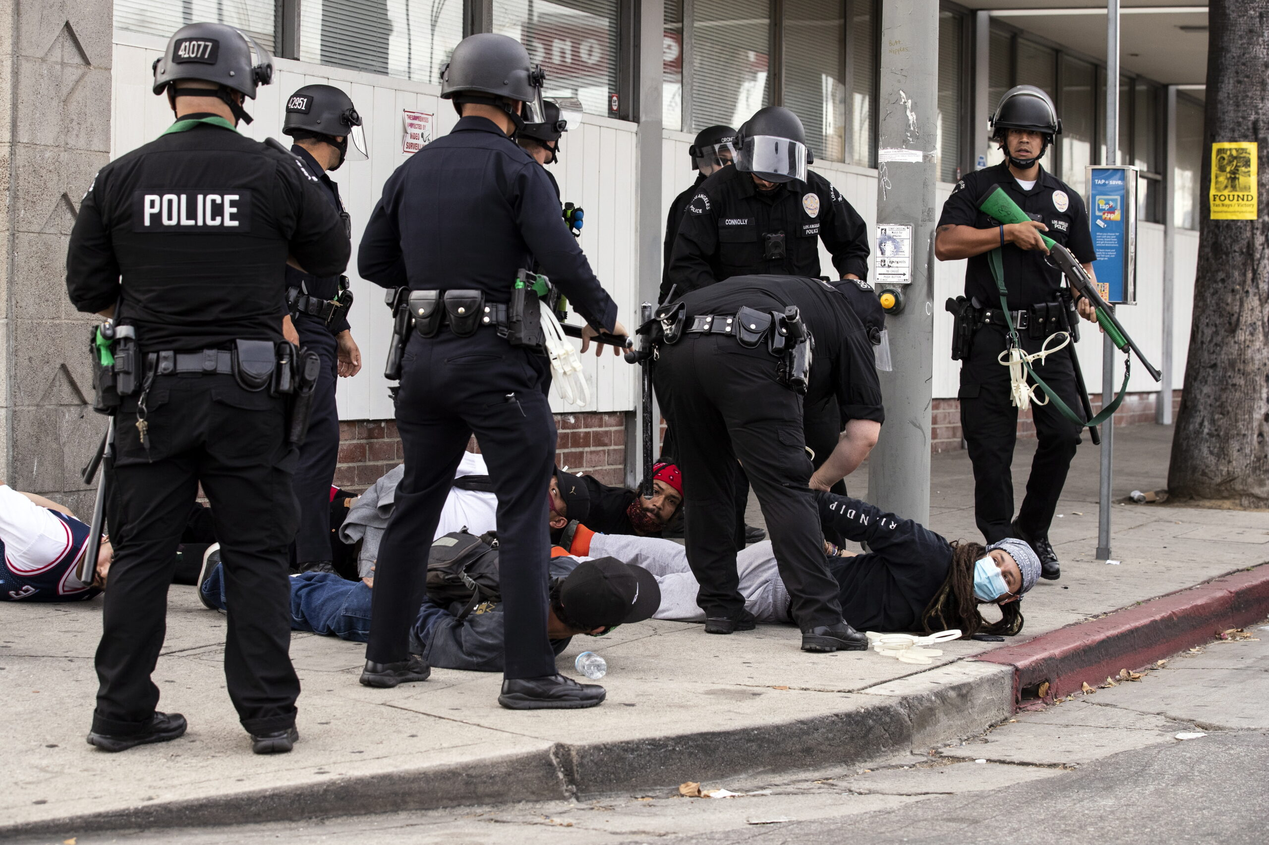 Modern kori vérvád: Izraelben képzik a rasszista amerikai rendőröket