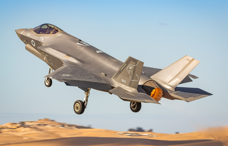 Nők a volánnál: Már F-35-ös vadászgépen is