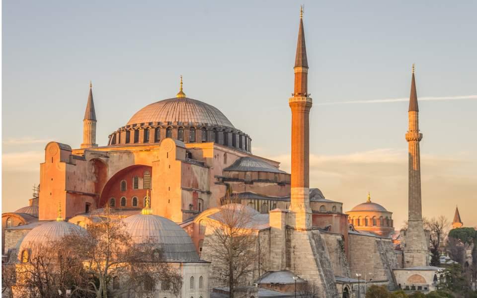 Aggódik az orosz pravoszláv egyház amiatt, hogy mecsetté alakítják a Hagia Szophiát