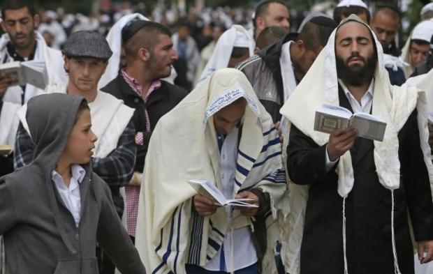 Ukrajna legalább 5 ezer zarándokot enged az országba a zsidó újév alkalmával