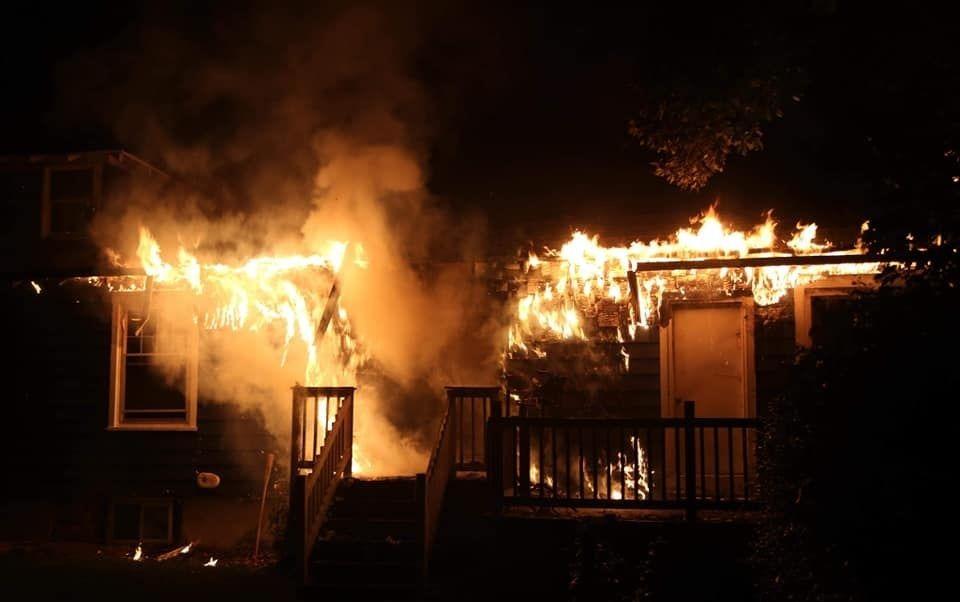 Katolikus adománygyűjtés a leégett Chabad központért