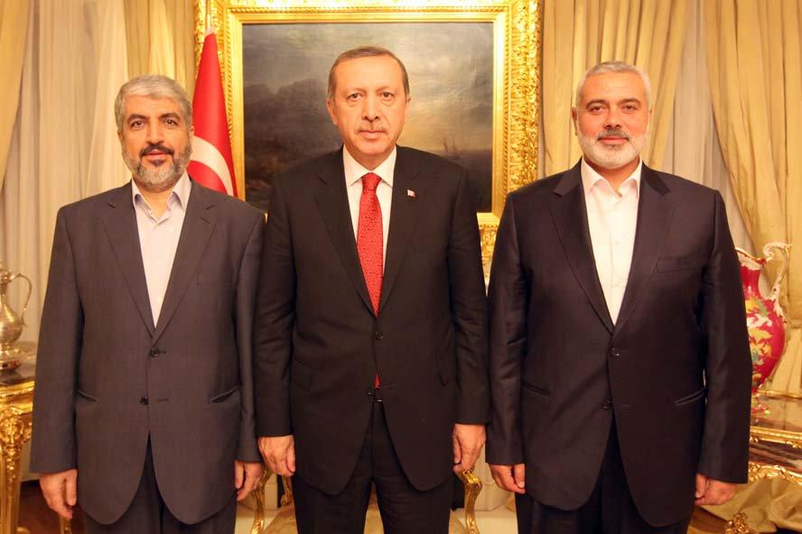 """Tucatnyi Hamász-terroristát """"honosít"""" Törökország"""
