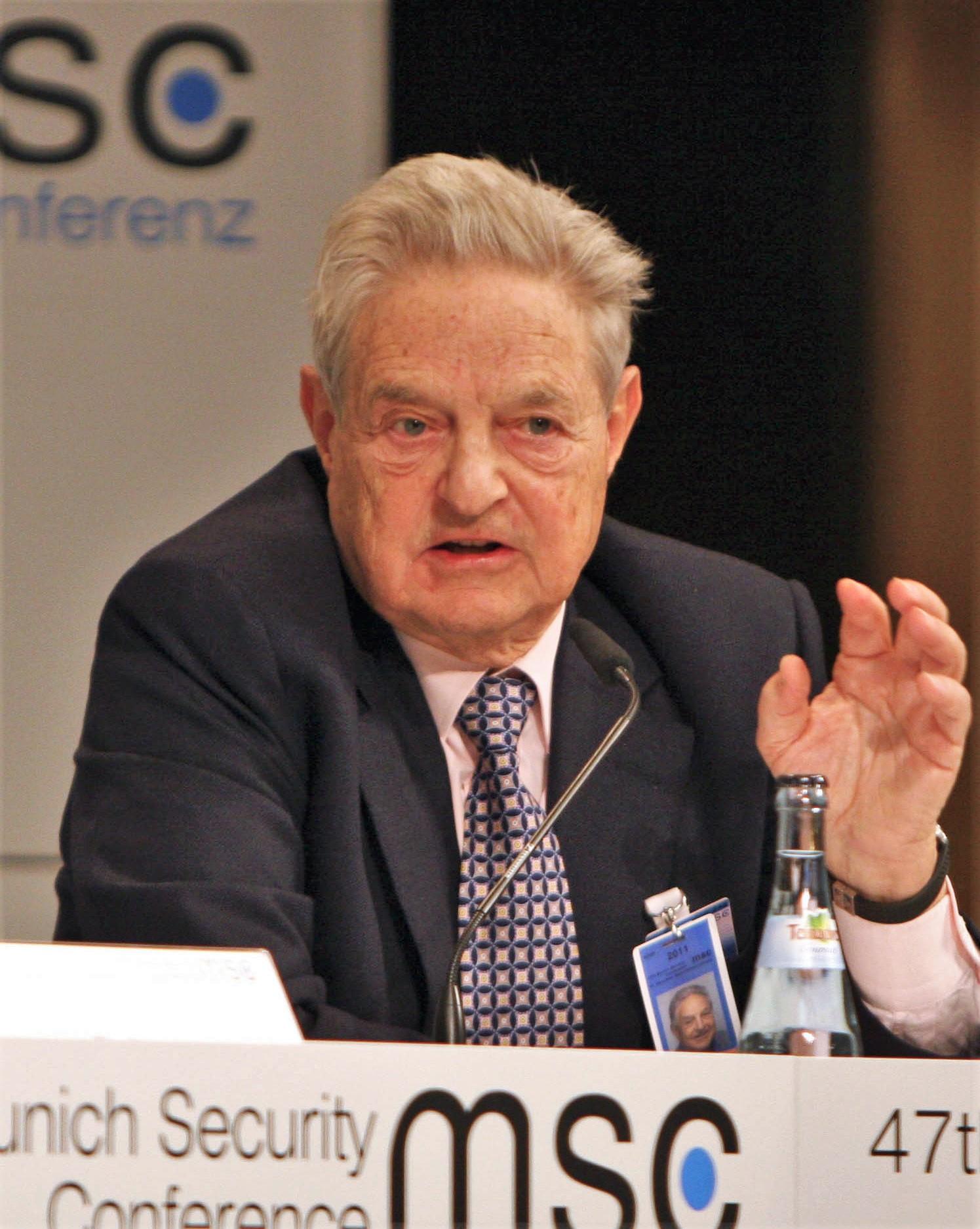 Soros: szembe kell szegülni Magyarországgal és Lengyelországgal