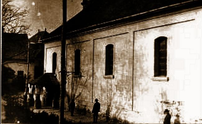 Dilettáns provokáció: ki és miért gyújtotta fel a makói zsinagógát?