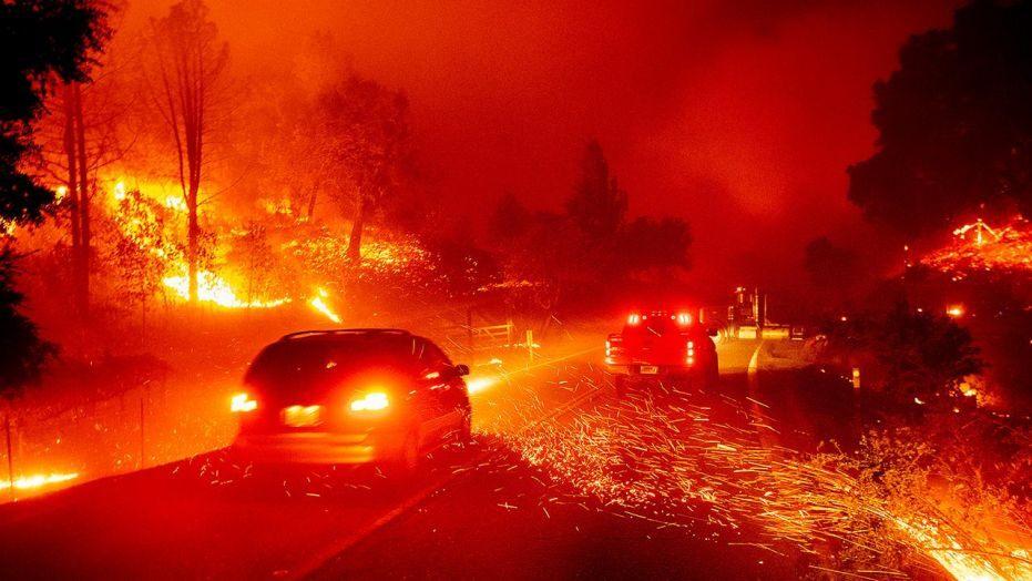 """""""A Tóra már összecsomagolva várja az indulást"""" a súlyos kaliforniai tüzekben"""