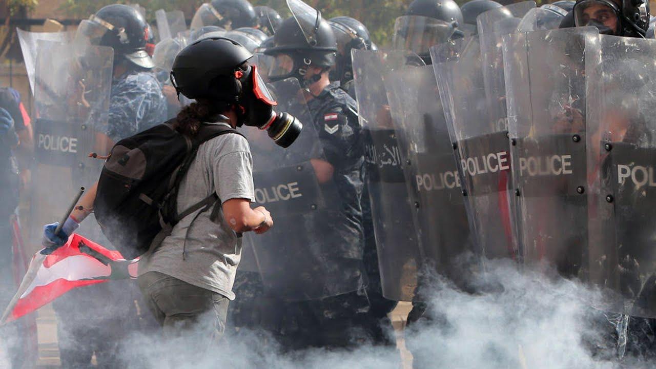 Rendszerváltást követelnek a libanoni tüntetők