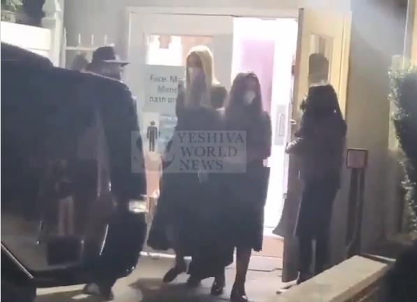 A lubavicsi Rebbe sírjához látogatott Ivanka Trump
