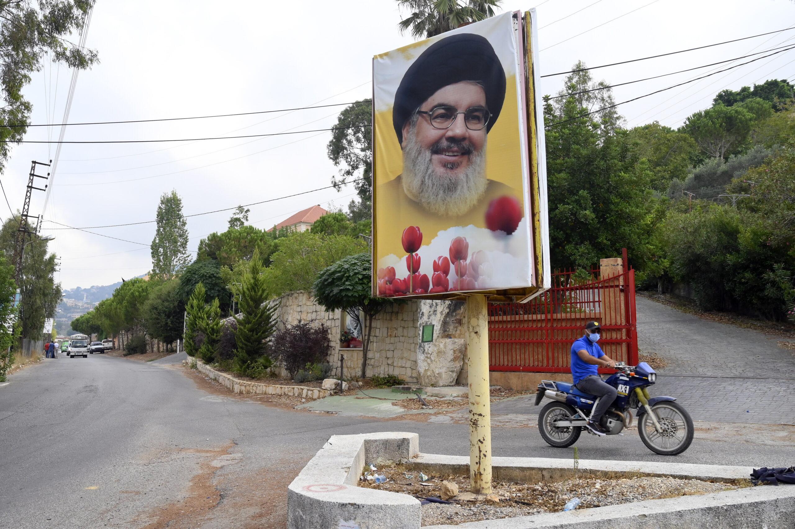 Macron tűzszünetet hozna össze Izrael és a Hezbollah között