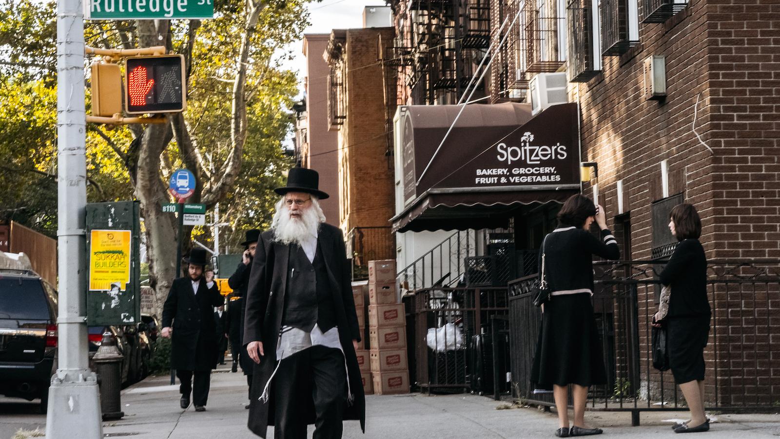 A zsidó közösségeknek meg kell védeniük magukat Amerikában, véli a szakember