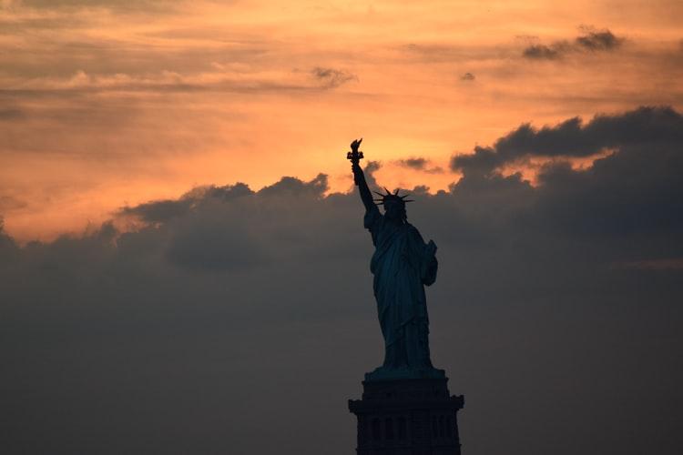 Pontosan mi a baj Amerikával, és hogyan orvosoljuk?