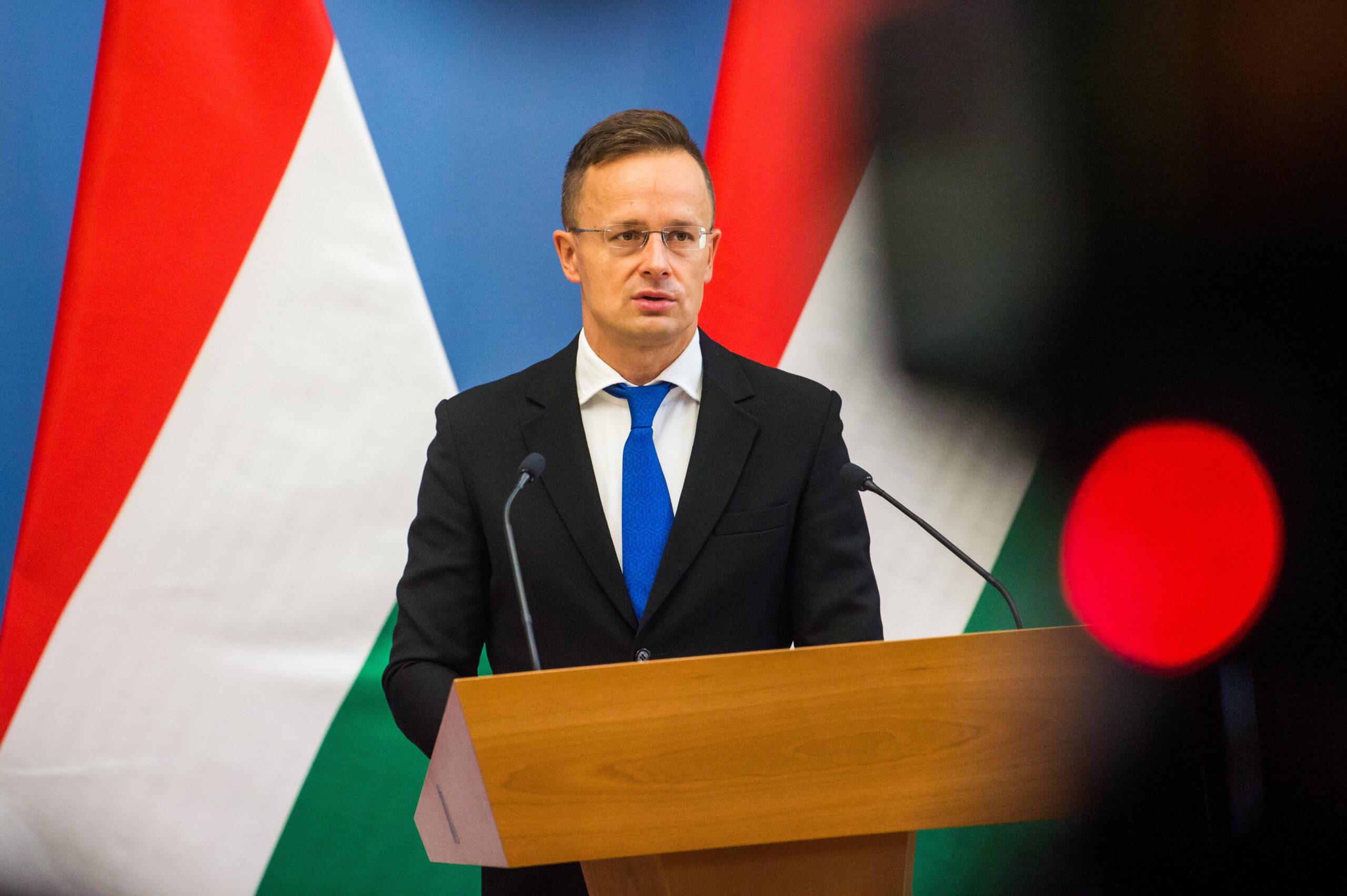 Szijjártó: nonszensz a kijevi magyar nagykövet bekéretése