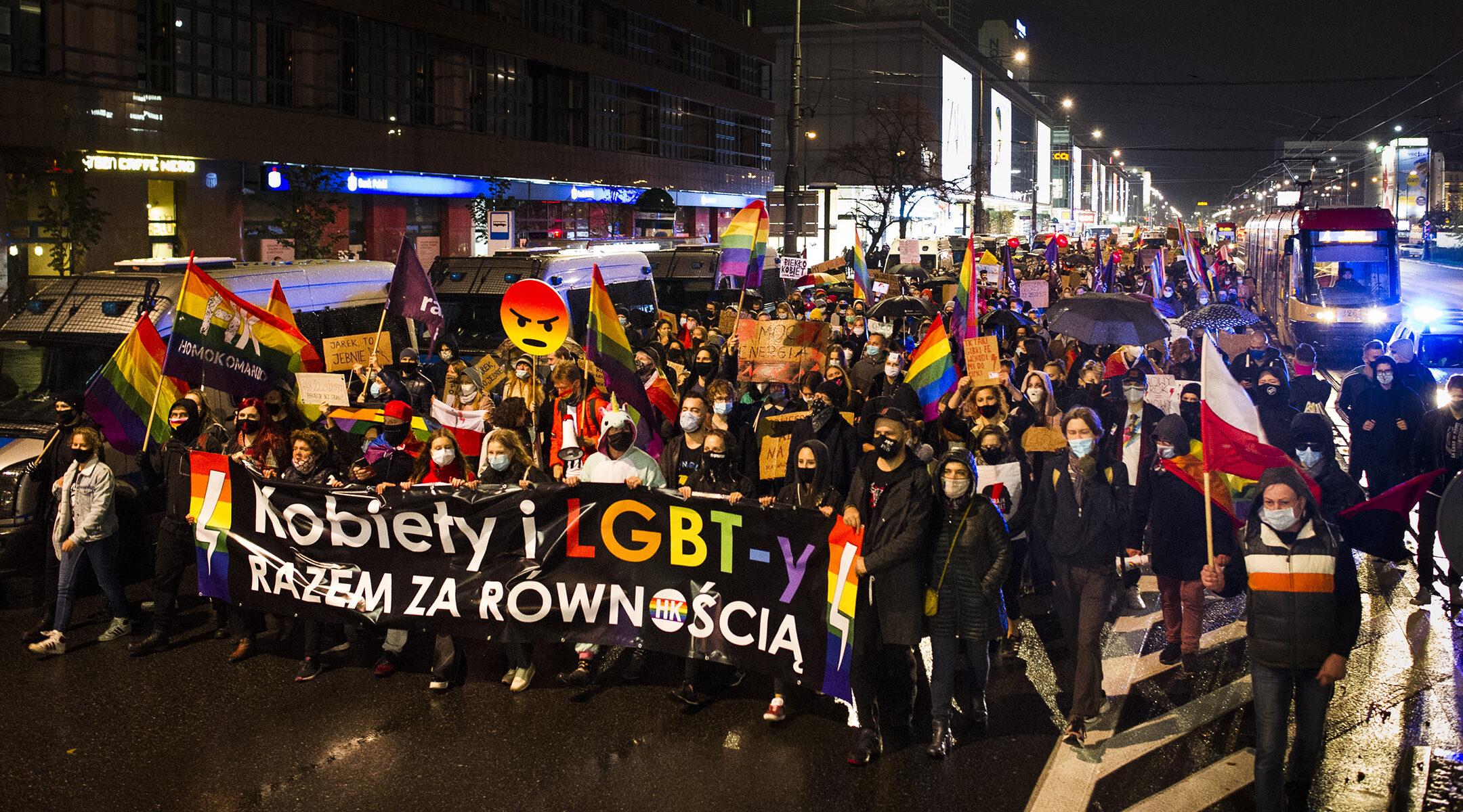 A lengyelországi zsidó közösséget is megosztja az abortuszról szóló vita