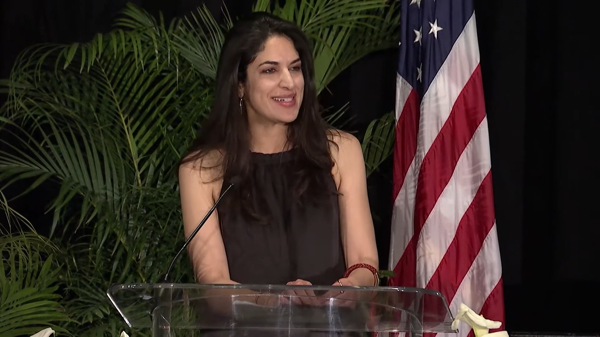 Először lesz palesztin-amerikai tagja az elnök fehér házi csapatának