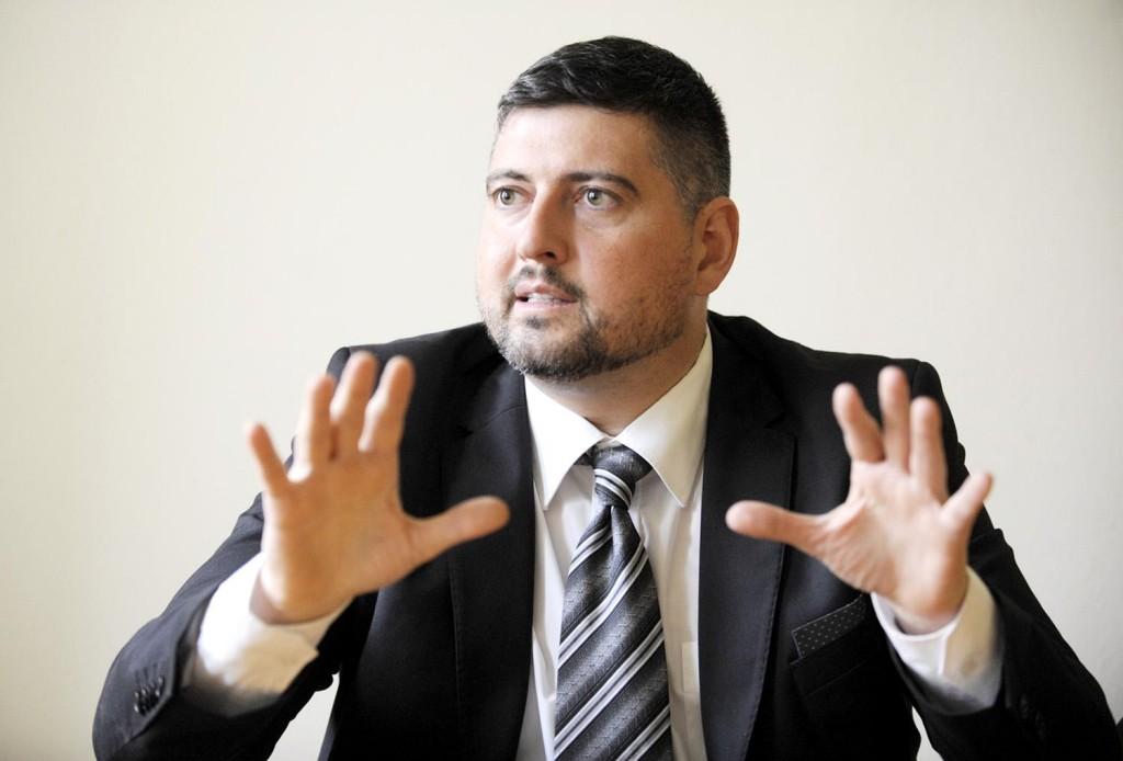 Volt Jobbikos Európai Parlamenti képviselő ellen emeltek vádat
