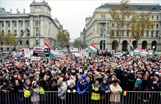 """Hová lett a karantén? – 8 éve volt a """"zsidólistázás"""" elleni tüntetés"""