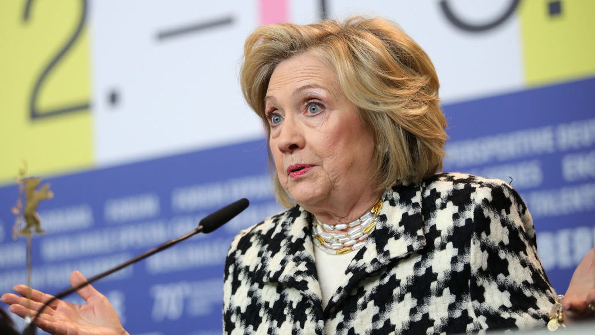 Hillary Clinton szerint a problémát a fehér felsőbbrendűséget hirdetők okozzák Amerikában