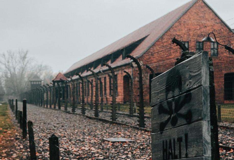 Holokauszttúlélők is tiltakoznak Beata Szydło auschwitzi múzeumi kinevezése miatt