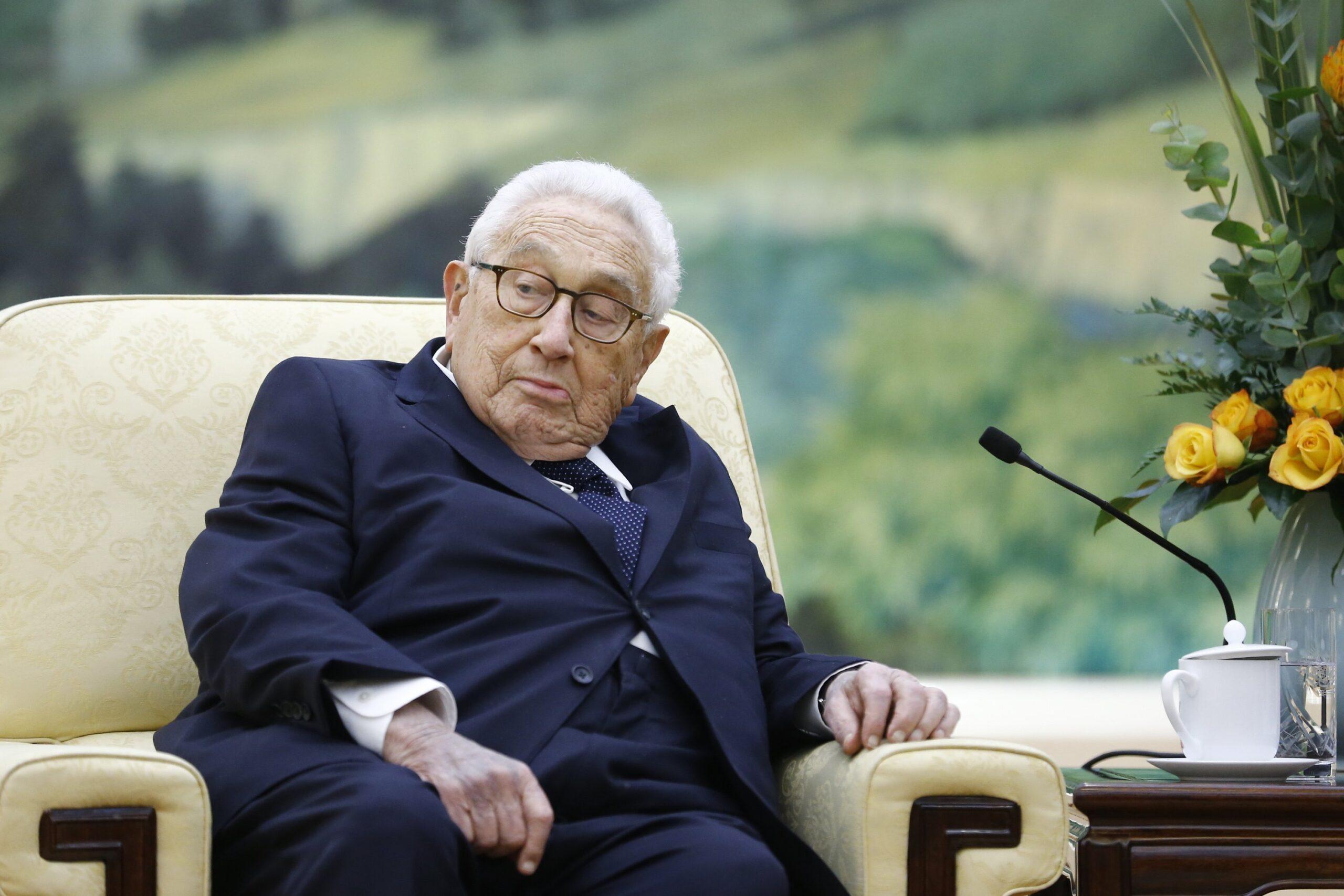 """Kissinger szerint Bidennek folytatnia kell Trump """"brilliáns"""" Közel-Kelet-politikáját"""