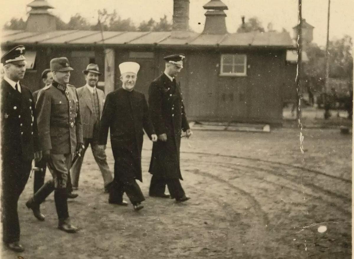 A mufti, aki náci koncentrációs táborba látogatott