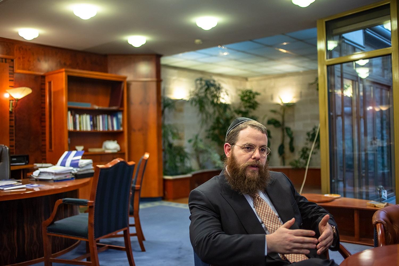 Köves Slomó: Májusban indulhat a jeruzsálemi per a Mazsihisszel szemben (videó)