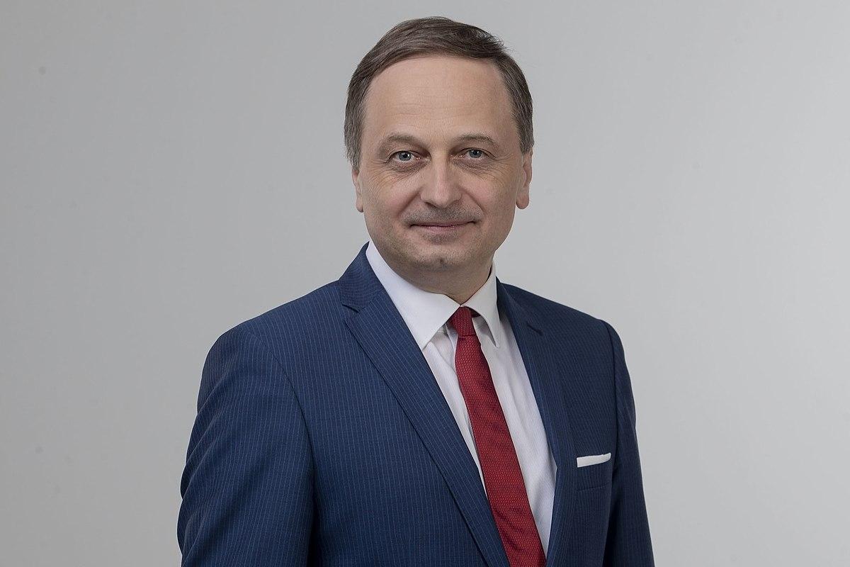 A Jobbik tovább mosdatja Gyöngyösi Márton zsidólistázós felszólalását