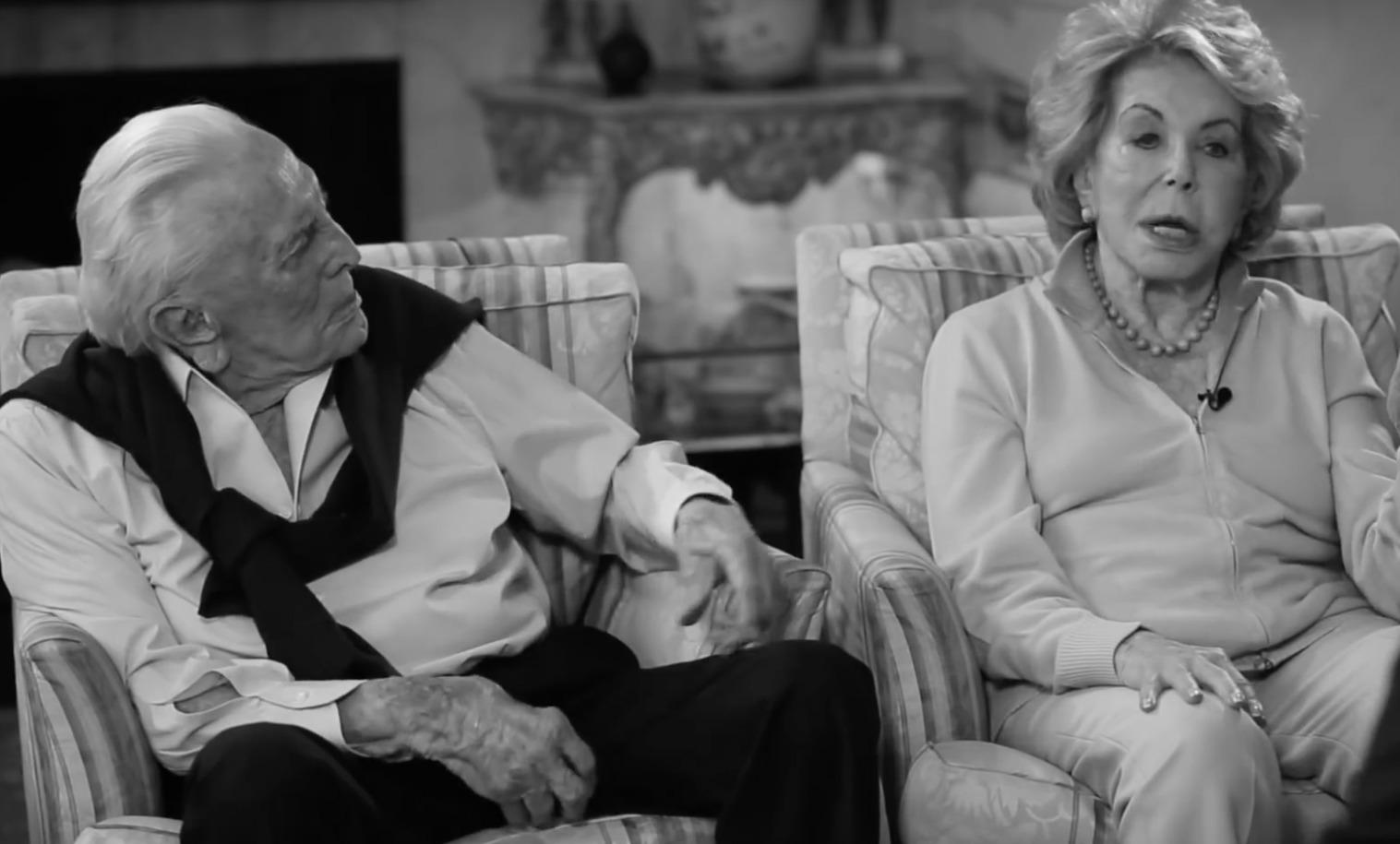 Meghalt Anne Douglas, a hollywoodi színészlegenda, Kirk Douglas özvegye