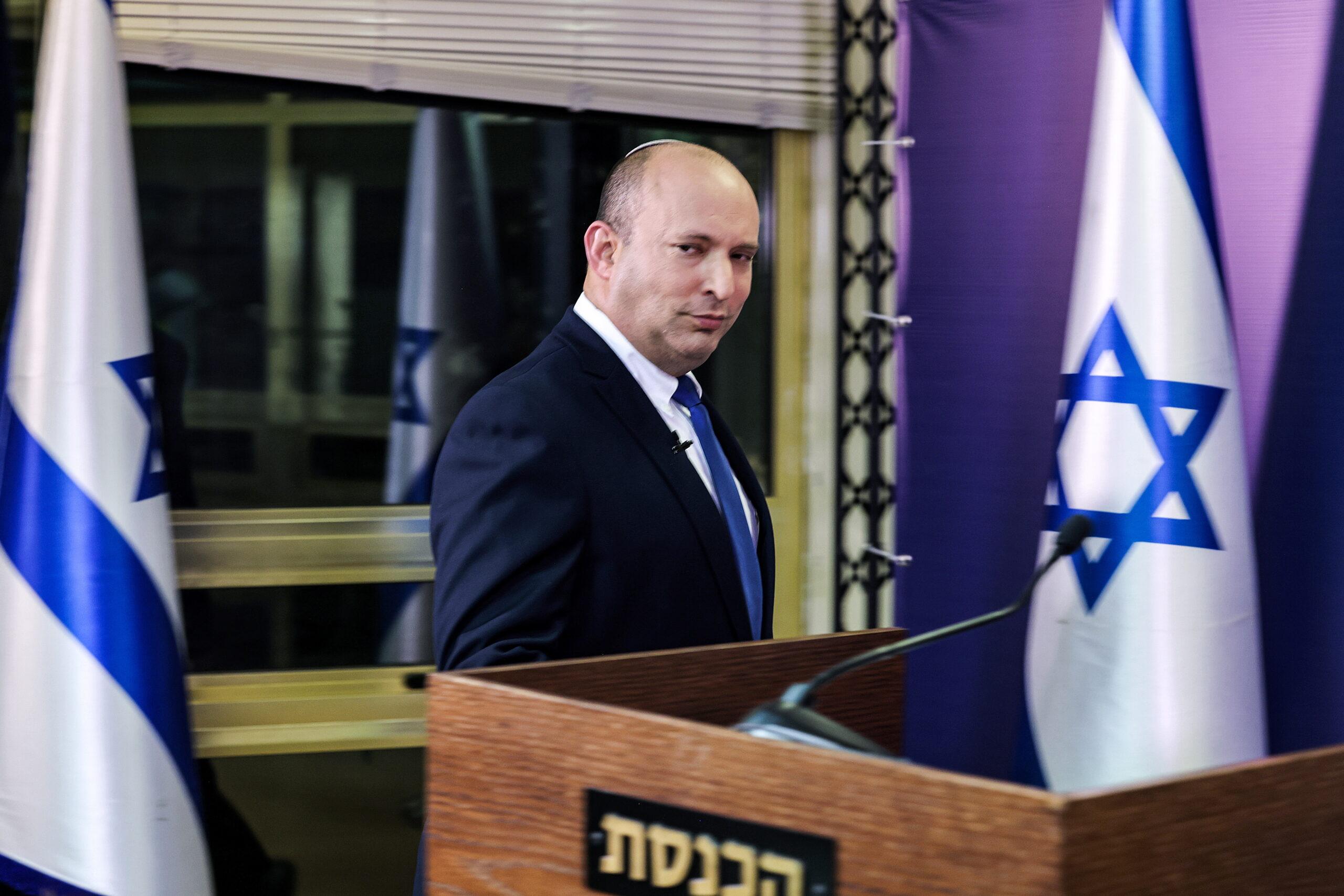 A Bennett-kormány diplomáciai ámokfutása