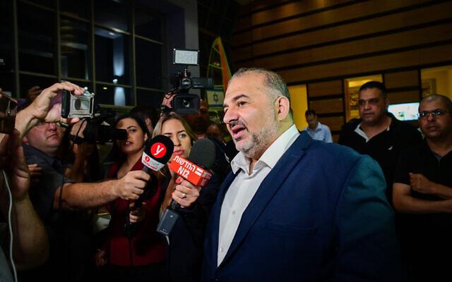 Történelmet írt az arab-izraeli Ráám párt a Bennett-Lapid koalícióhoz csatlakozva