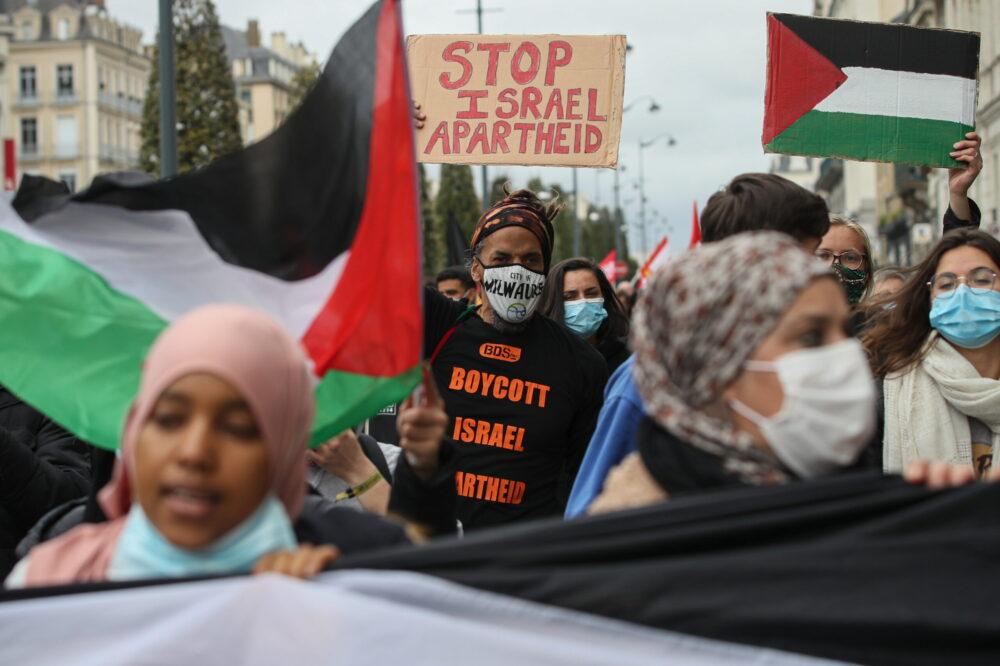 A Nemzetközi Jogi Fórum mérföldkőnek számító jelentést tett közzé a globális antiszemitizmus példátlan robbanása közepette