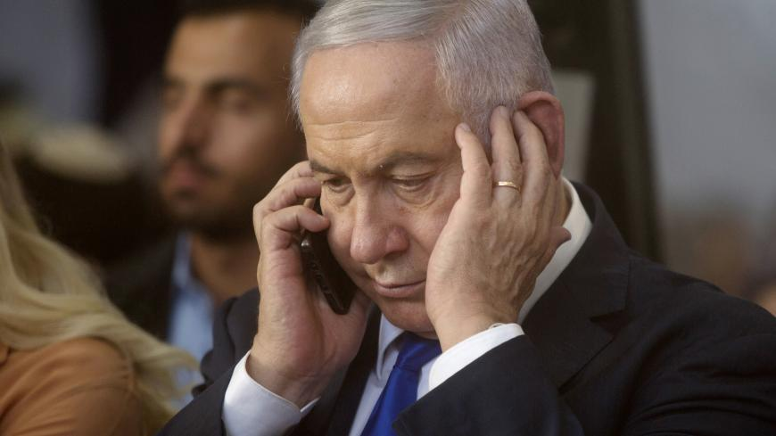 Netanjahu Bennett háta mögött egyeztet a Pfizerrel és a Modernával