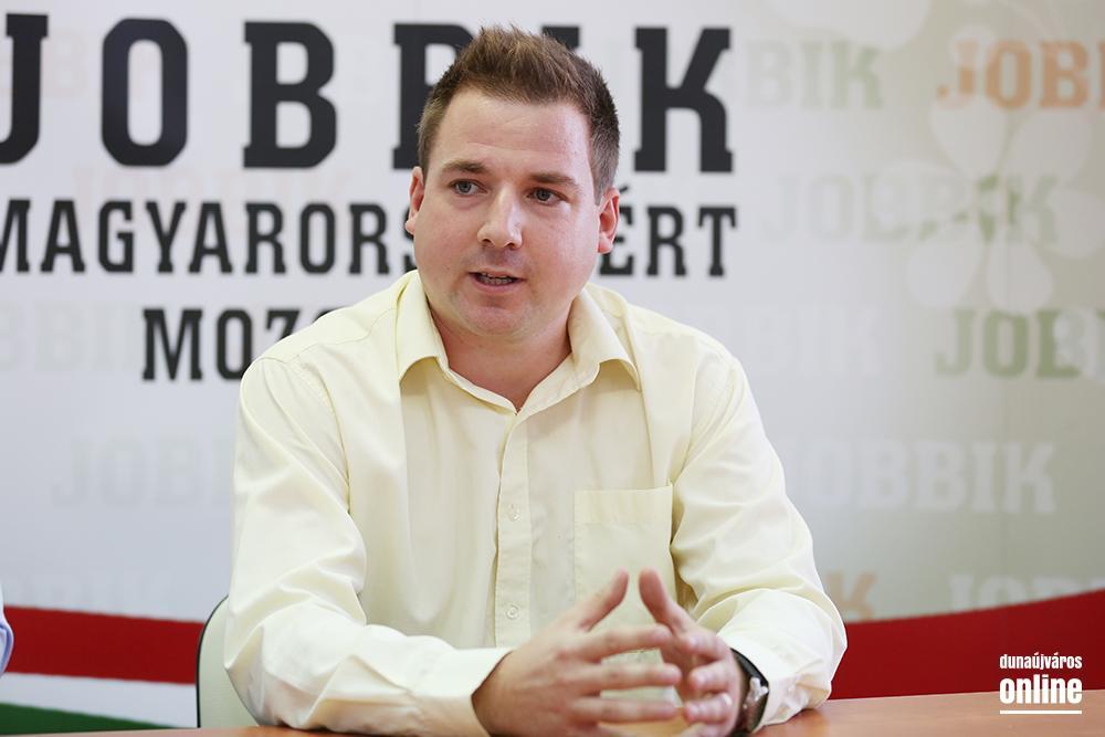 Antiszemita tartalmakat posztolt Dunaújváros jobbikos alpolgármestere