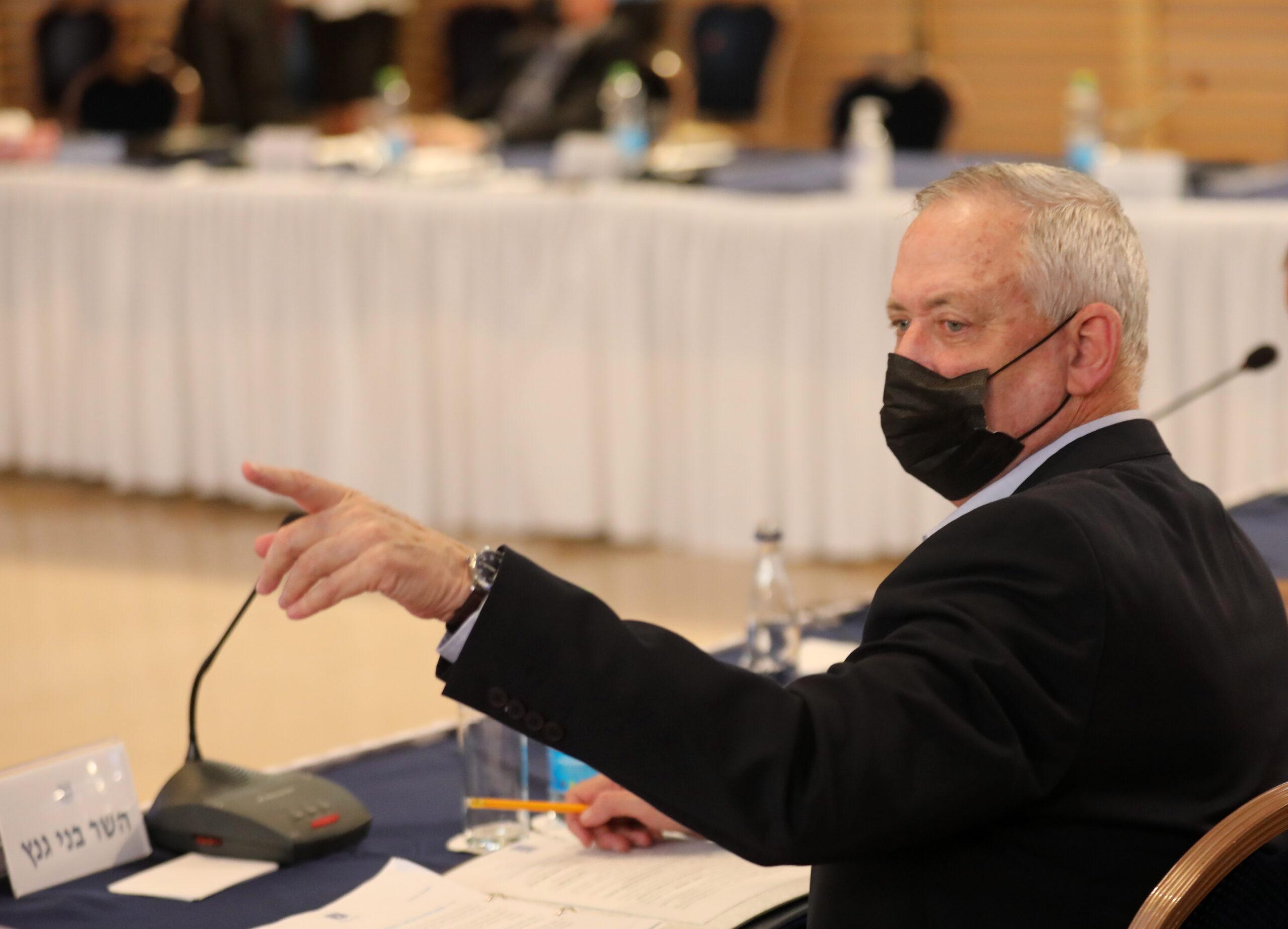 Ganz és Abbász találkozott, de Bennett szerint nem indulnak újra a béketárgyalások