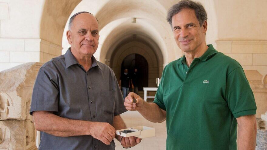 Bar Kochba lázadásból származó érmét visz az űrbe az izraeli asztronauta