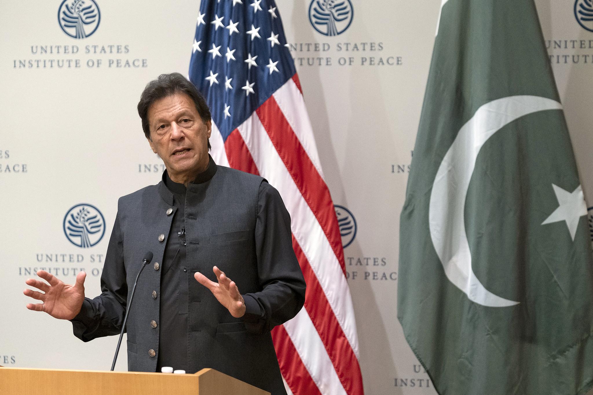 Pakisztán profán istenkáromlási törvényei