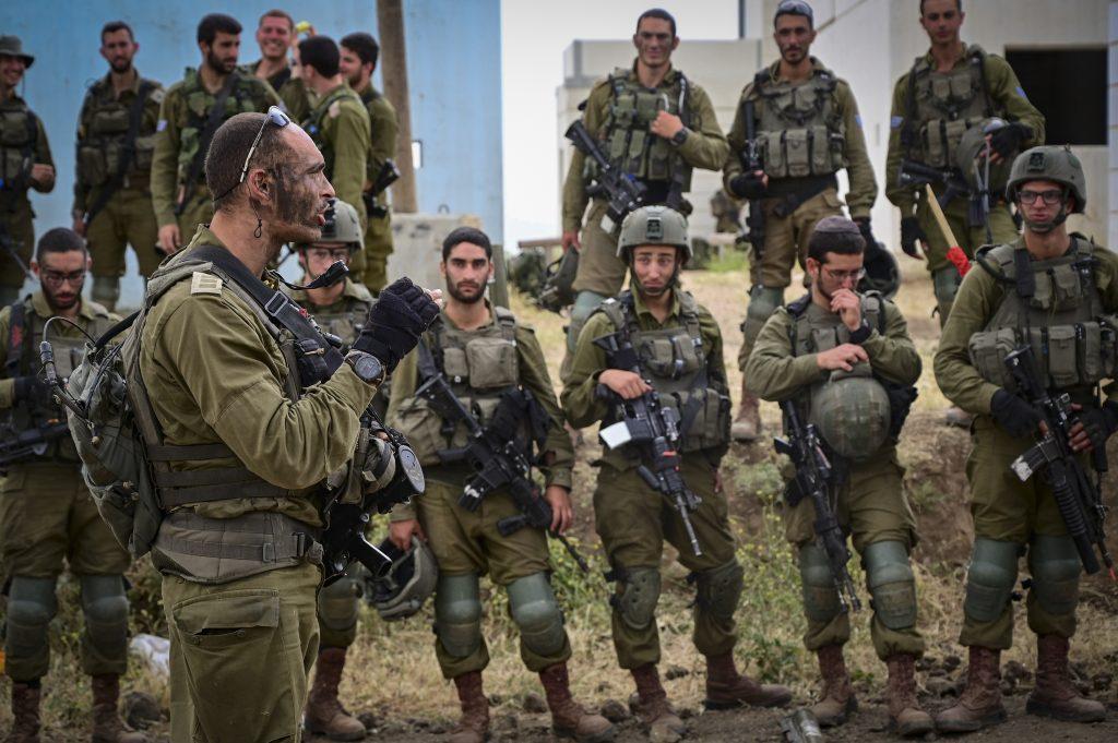 Túl kicsi lenne Izrael hadserege?
