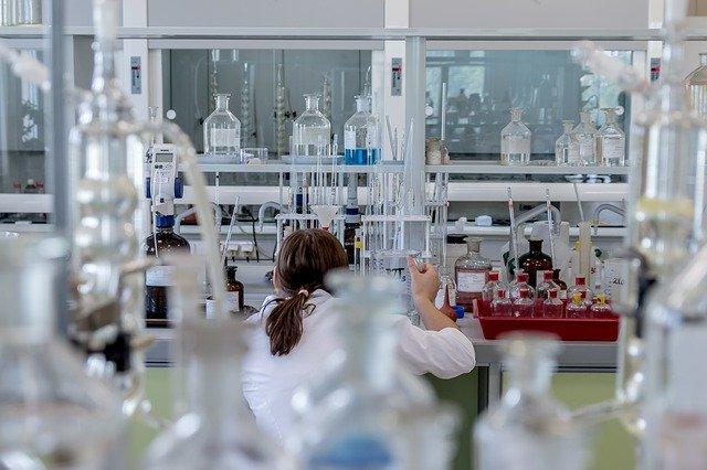 Izraeli kutatók: a Pfizer vakcina nem károsítja a spermiumokat