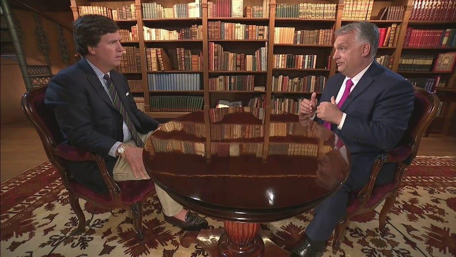 """Orbán Tucker Carlsonnak: """"A kormány Izrael-párti és Amerika-barát"""""""