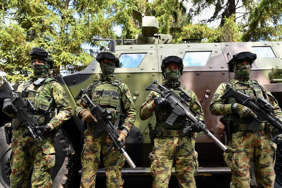 Elsőfokú harci készültségbe helyezték a szerb katonai alakulatokat Koszovó miatt