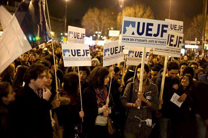 Francia zsidók tüntetnek az afgán menekültekért