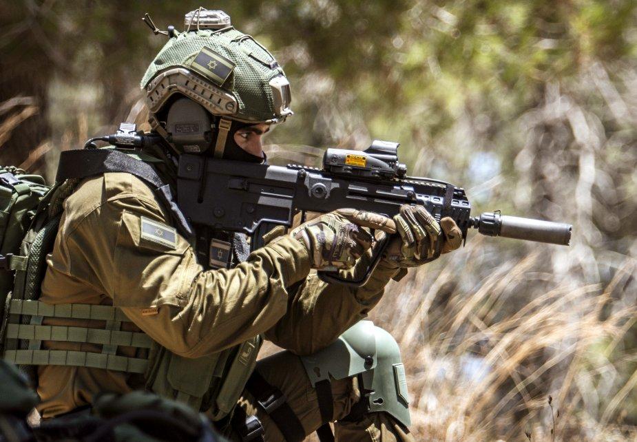 Az IDF amerikai M4-esekre cseréli az izraeli Tavor gépkarabélyokat