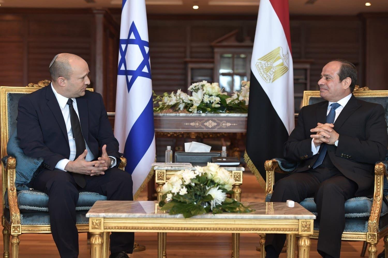 Iránról és regionális kihívásokról is tárgyalt Bennett az egyiptomi elnökkel