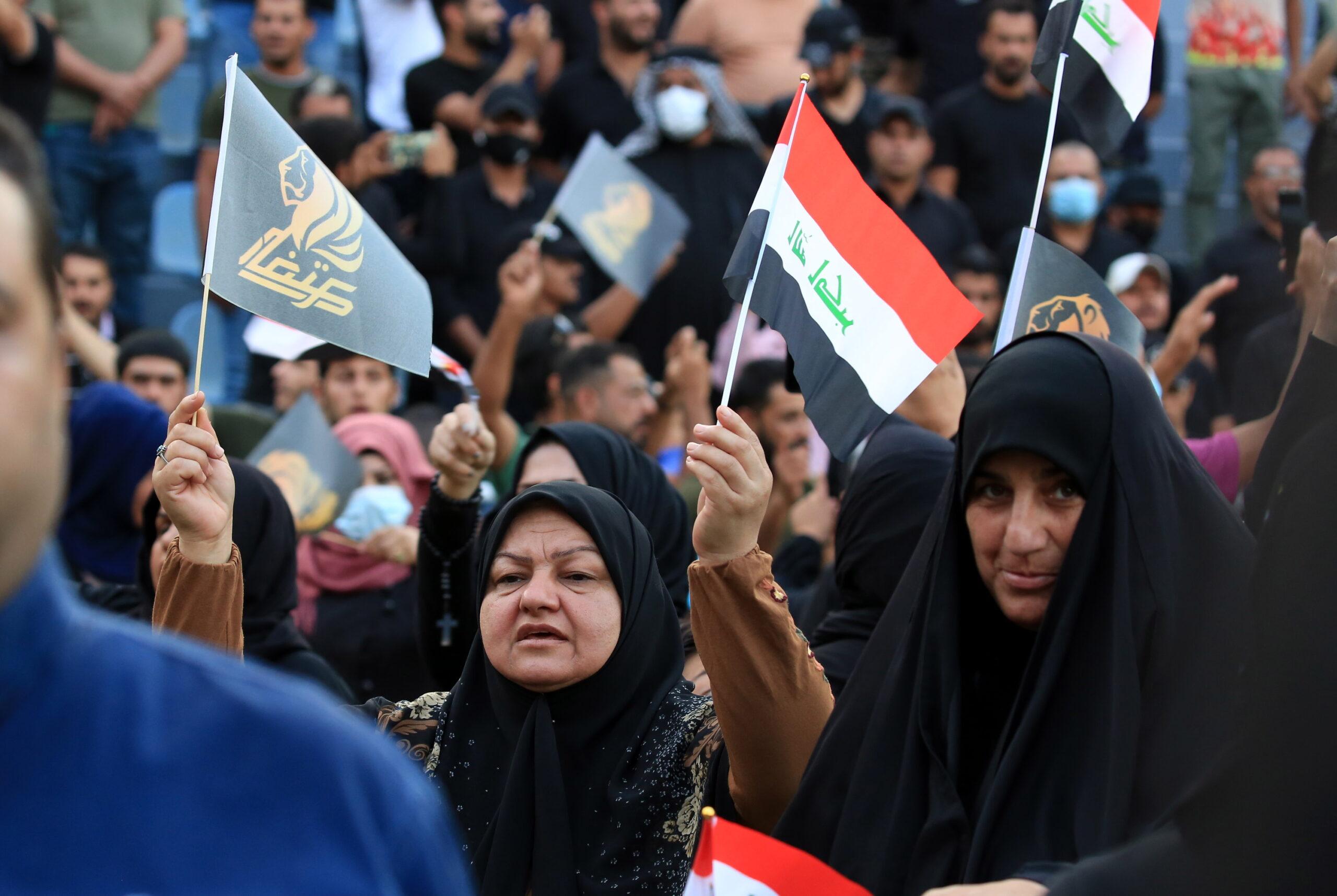 Bennett szerint Teherán áll Libanon és Irak hanyatlása mögött