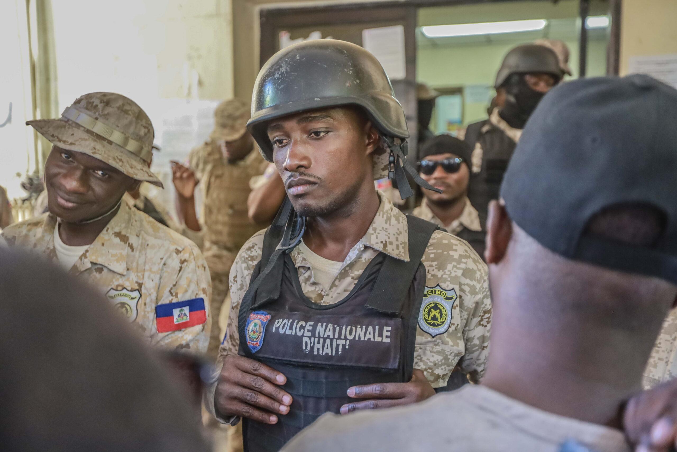 Amerikai misszionáriusokat raboltak el Haitin