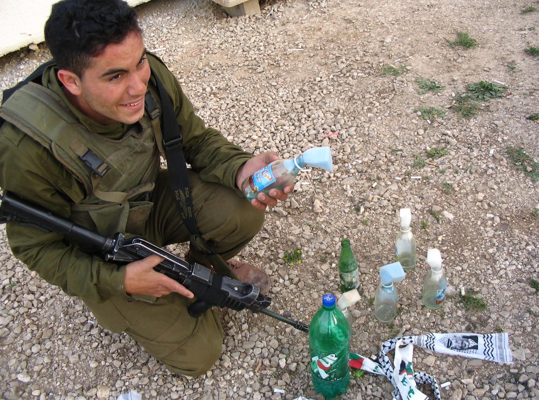 Az IDF lelőtt egy Molotov-koktélt dobáló palesztint